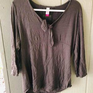 3/$20🍁 Size xl 15/17 Shirt